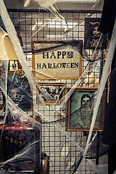 2018-10-24_Escaparates_Halloween_04_canonistas.jpg