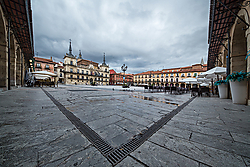 Plaza_Mayor_Le_n.jpg